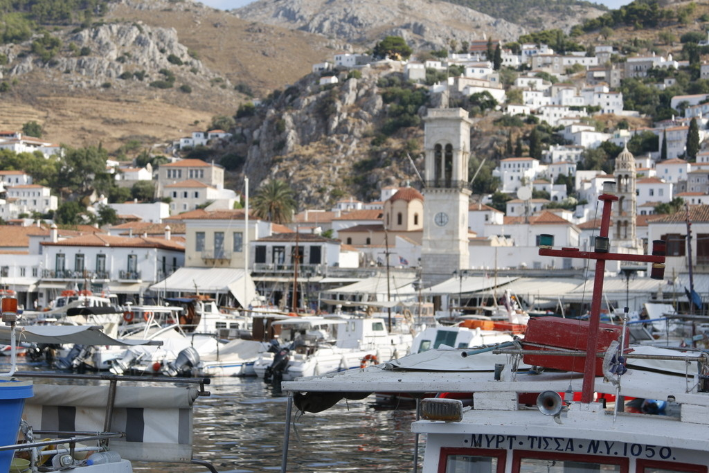 Sailing to Spetses and Hydra