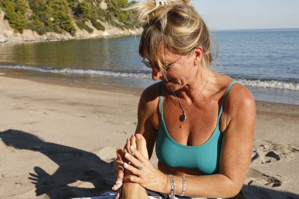 Reflexology session on the beach
